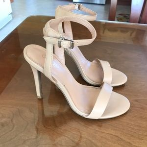 Abound strappy nude heels size 7